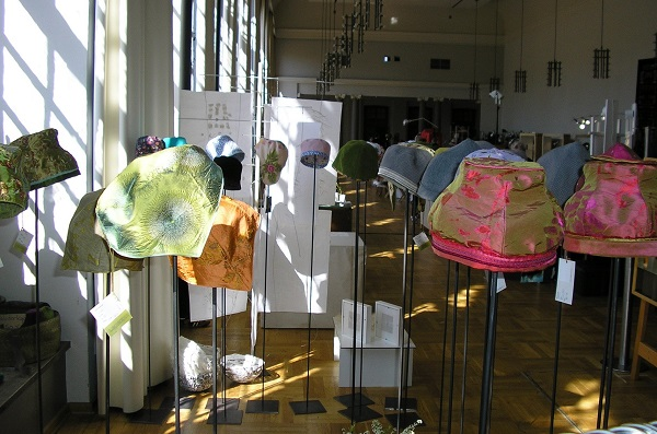 Hats-Exhibition, KunstObject, Orangerie Darmstadt (1)